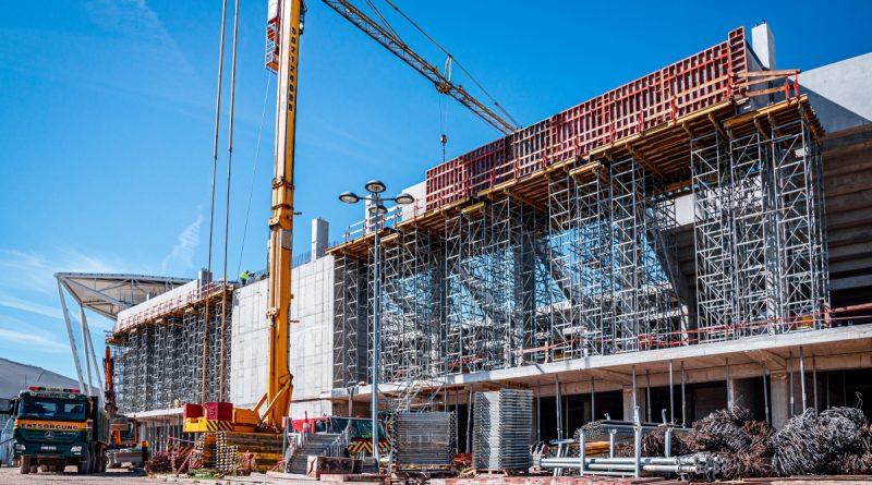 WIDEO: Wrześniowy raport z budowy stadionu