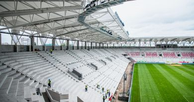 Wrześniowy raport z budowy stadionu [WIDEO]